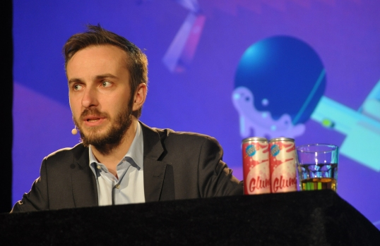 Jan_Böhmermann_in_Rostock_2014_05